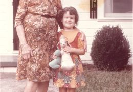 Aunt Leila and Susan 9-4-1971