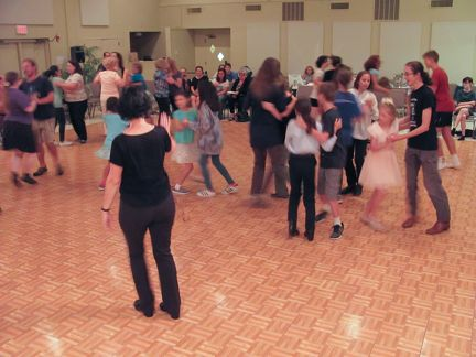 048-O'Flaherty Floor Fundraiser Ceili-2745