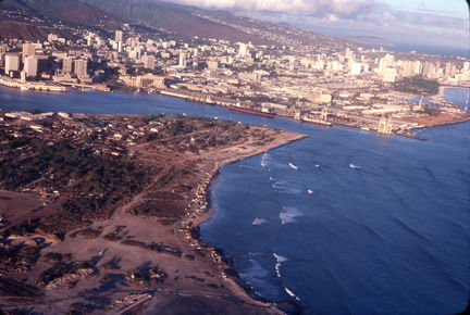 1977 Hawaii from the air (1)