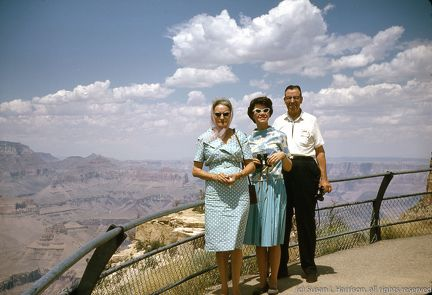 1965 Grand Canyon - Juanita, Mary Louise, Jesse Sr
